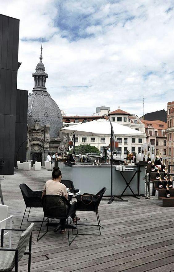 Terraza del Hotel Alhondiga Bilbao